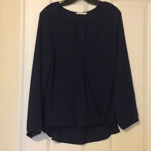 LUSH long sleeve front drape hi-lo blouse navy